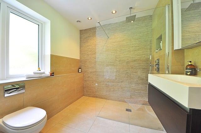 Bodentiefe Duschen